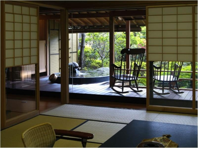 个止吹气亭 花园套房(和式房+露天风吕) (Japanese-style Garden Suite with Open-air Bath (Kotobukitei Wing))