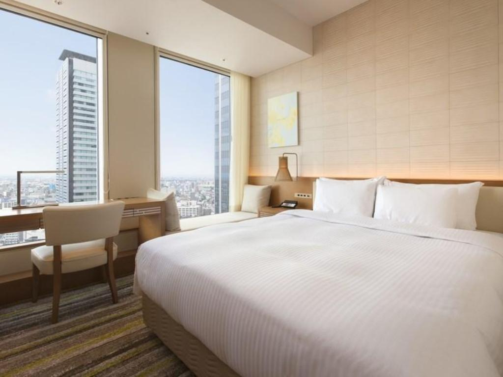 Room Nagoya JR Gate Tower Hotel
