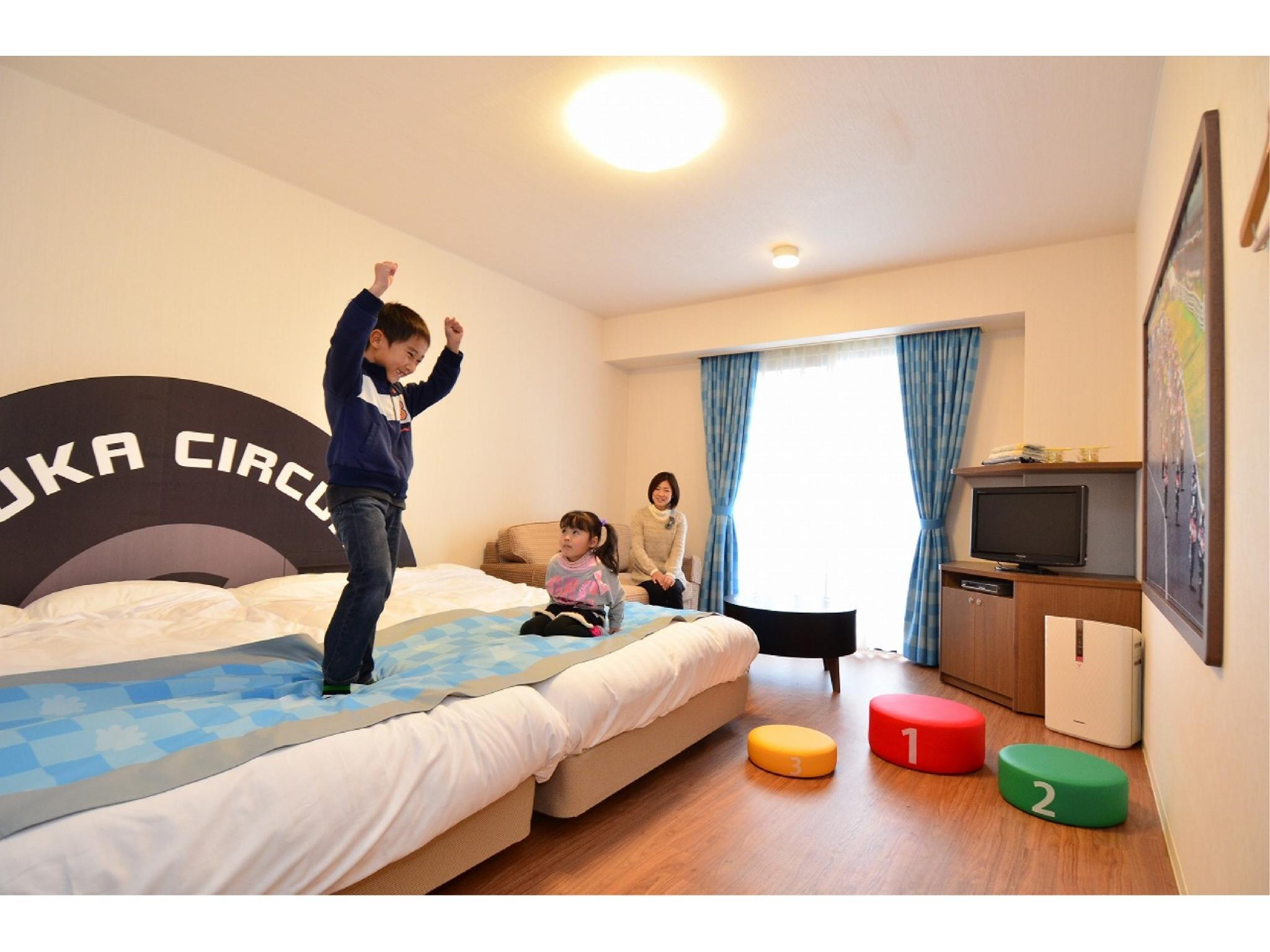 イースト館 洋室キッズルーム 禁煙  (Triple Room (East Wing) *Accommodates up to 3 Adults)