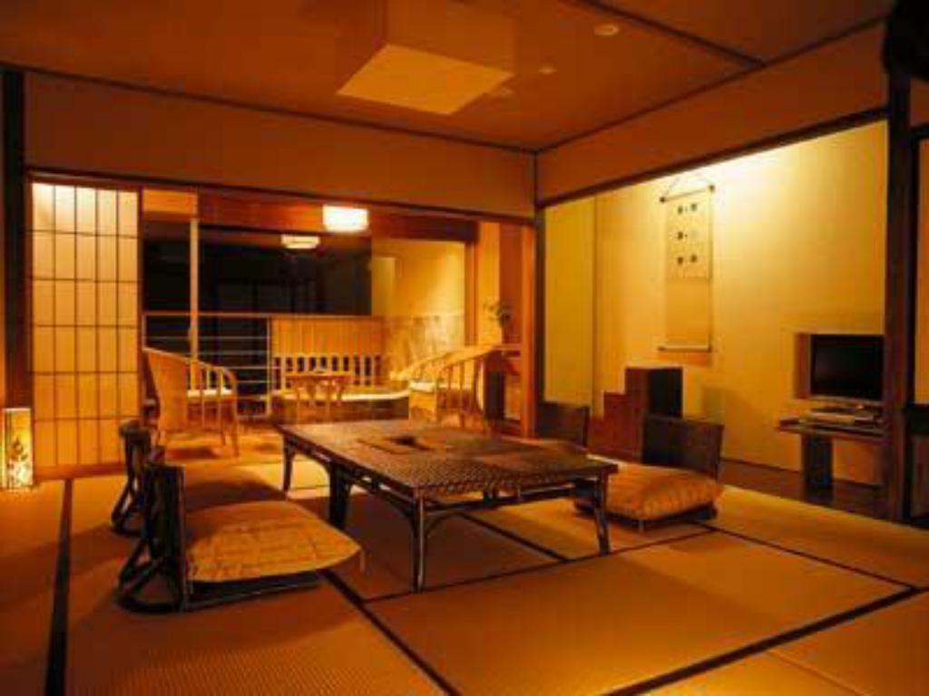 Japanese Style Room with Open-Air Bath - Guestroom
