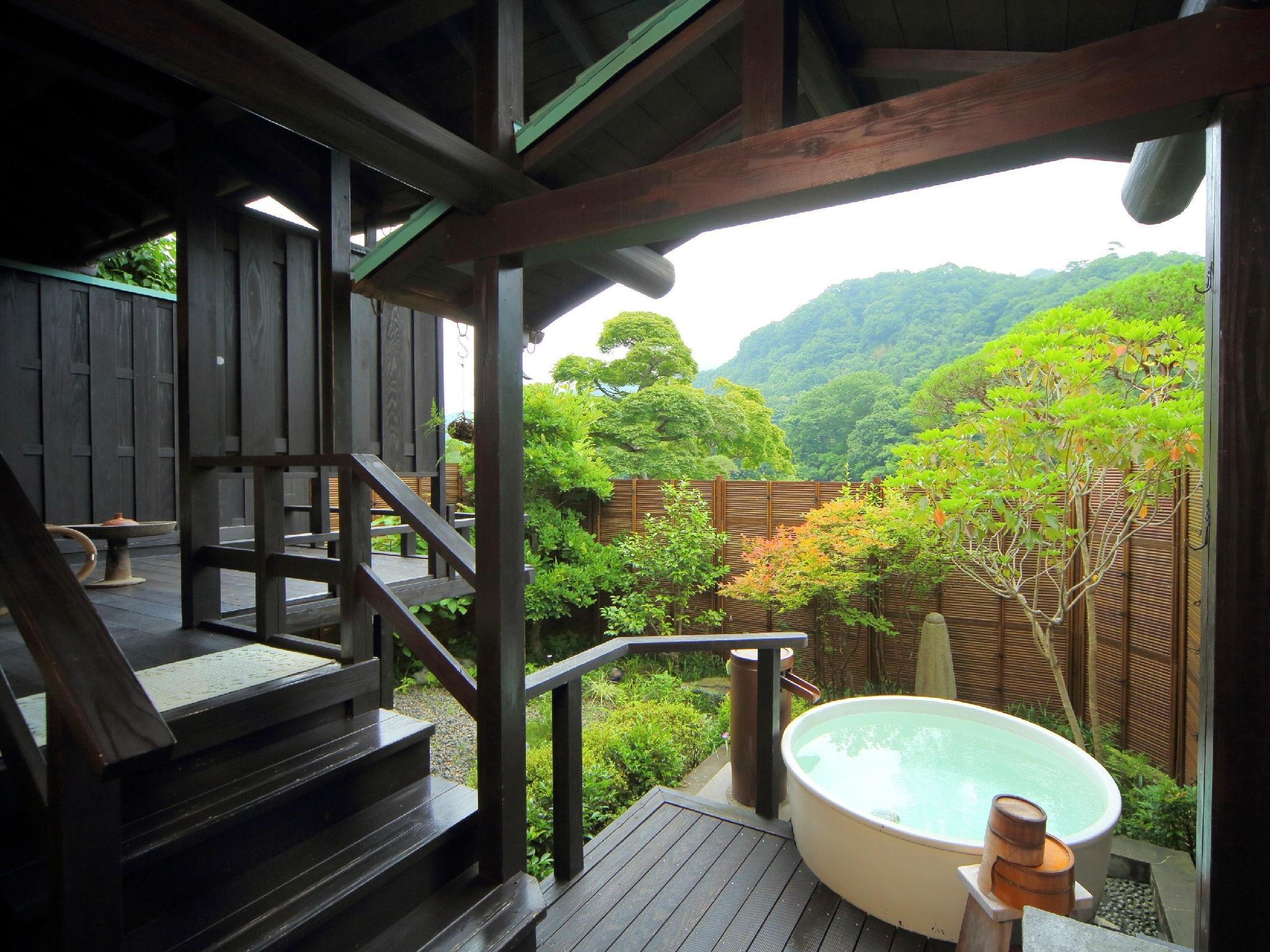特别房+露天风吕 (Special Room with Open-air Bath)
