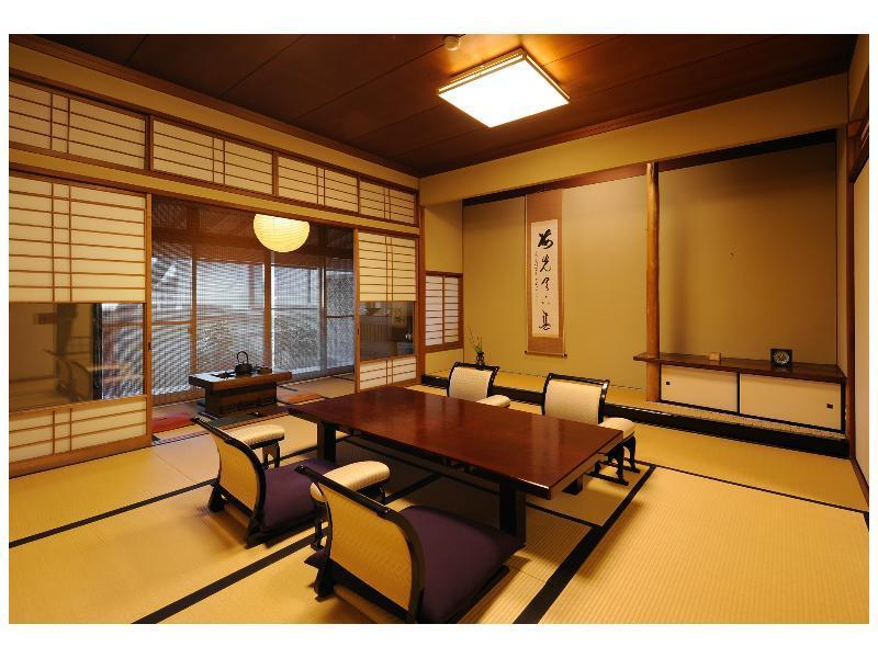 Japanese-style Room (Main Building)(*Non-smoking from 2020/10/1)