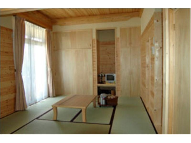 Japanese-style Room (Sumire Type)