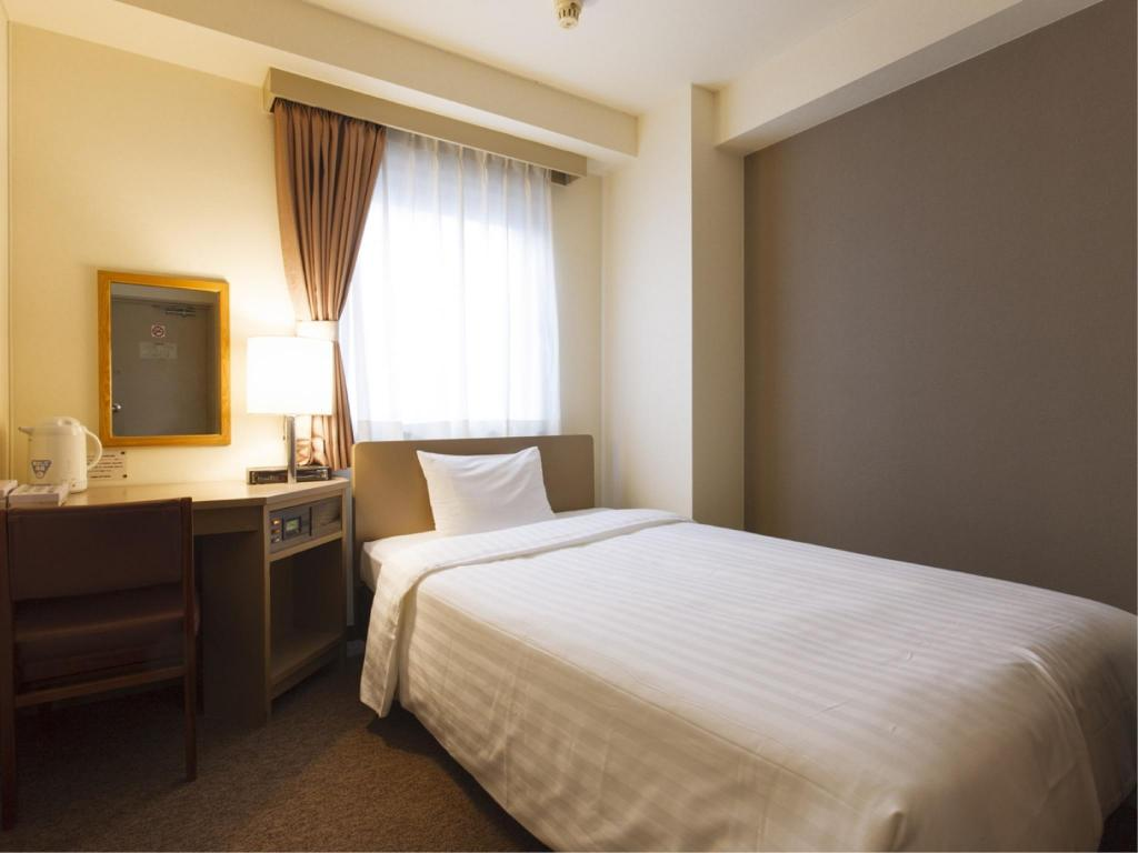 Single Room Sankei City Hotel Chiba