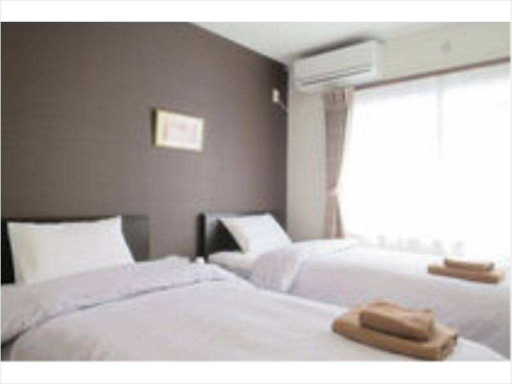Twin Room (Type B)*Has shower, no bath in room - Guestroom