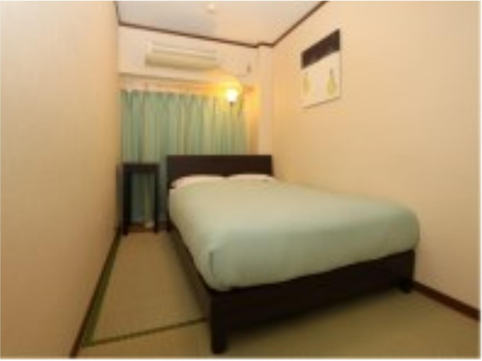 Single Room (Semi-double Bed, Main Building)