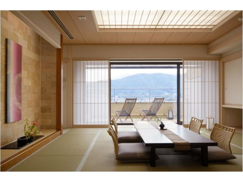 Japanese/Western-style Room with Open-air Hot Spring Bath *Refurbished room