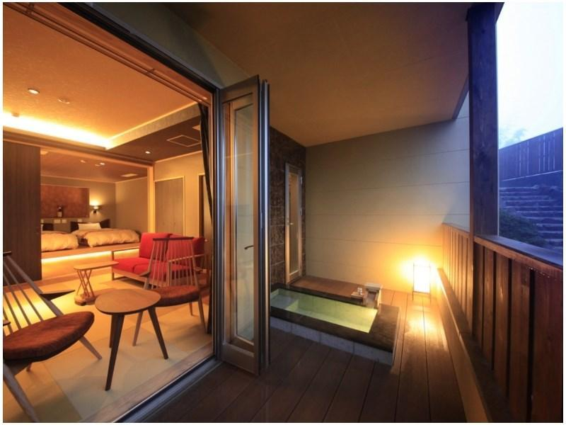 TypeS【風】温泉露天風呂+リビング+寝室※禁煙 (Japanese/Western-style Room with Open-air Hot Spring Bath + Living Room (Type S, Kaze Type))