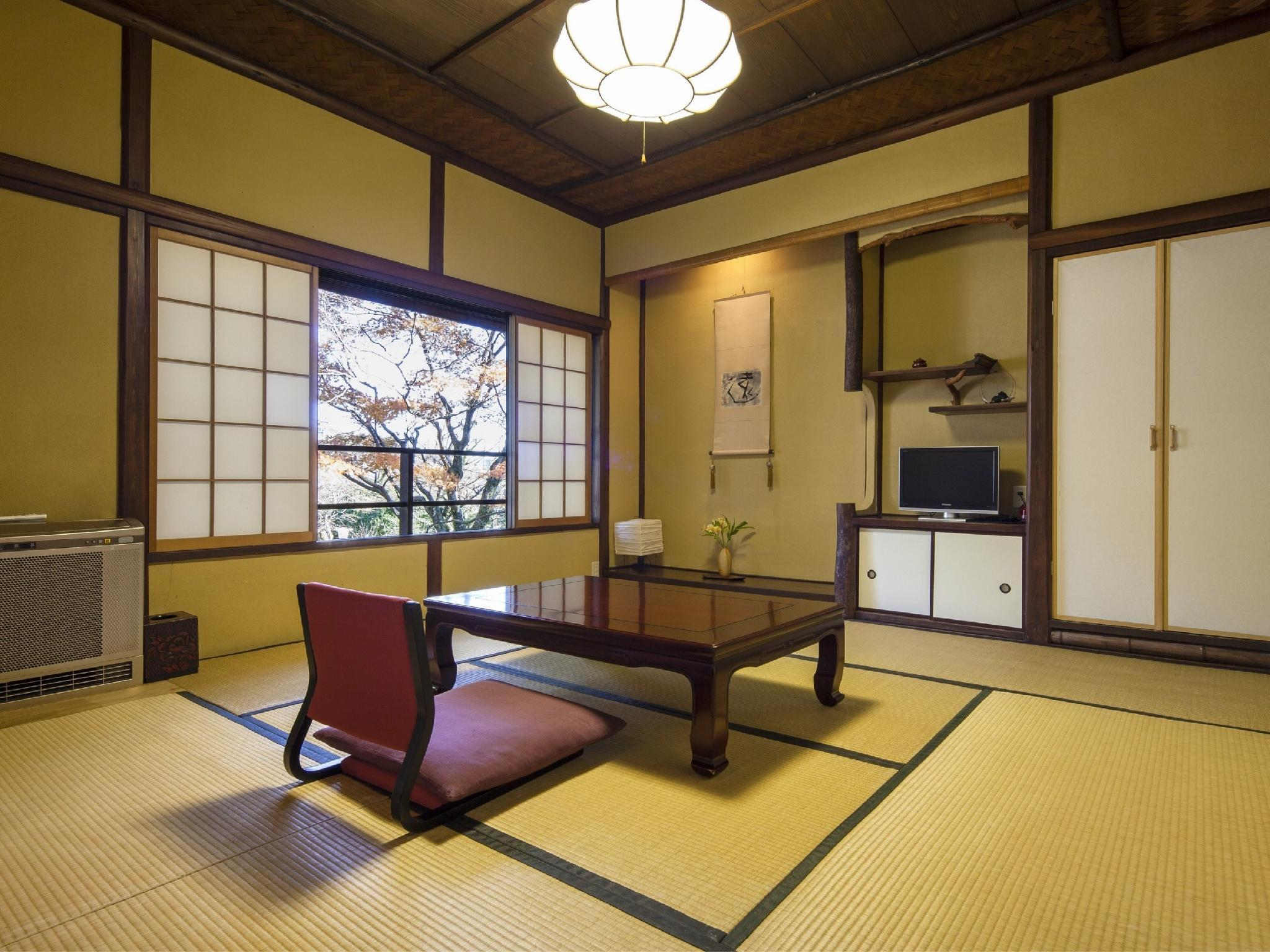 다다미 침대 객실(SHUNPUSO/실내탕) (Japanese/Western-style Room with Indoor Bath (Shunpuso Wing))
