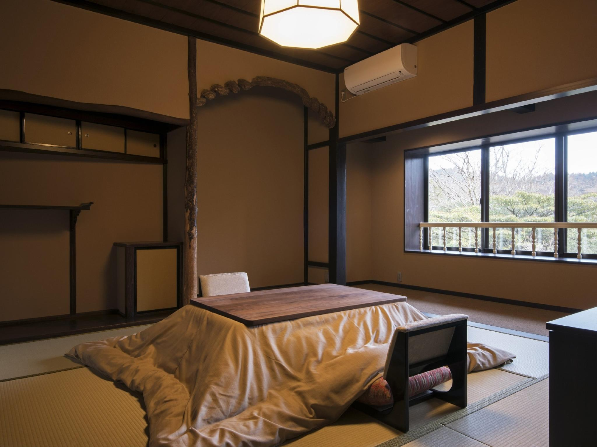 다다미 침대 객실(KAKUMEIKAN) *객실내 욕실 없음 (Japanese/Western-style Room (Kakumeikan Wing) *No bath in room)