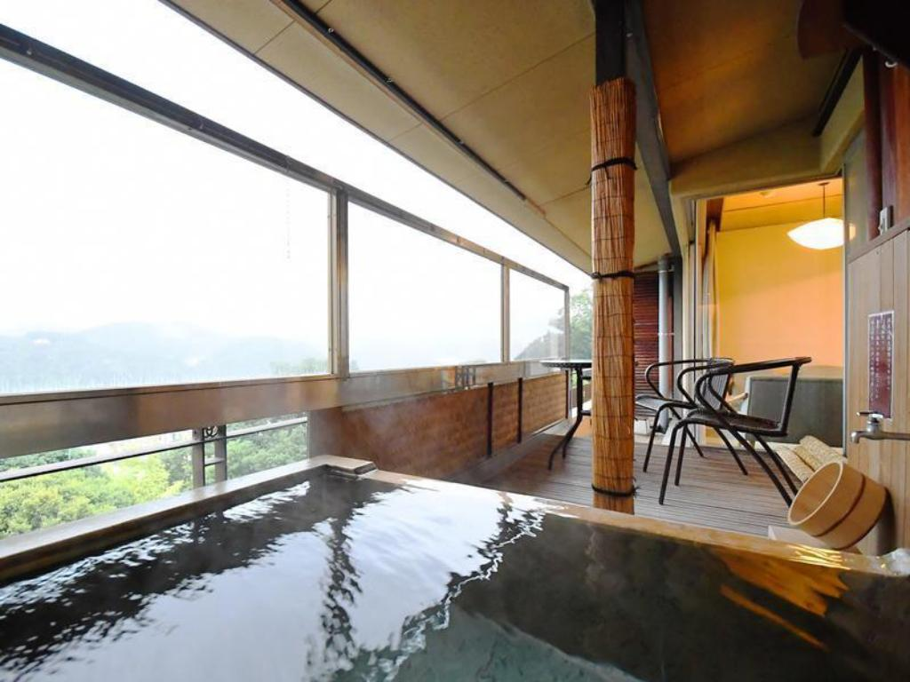 Premium Japanese-style Room with Open-air Bath - Guestroom Seizan Yamato