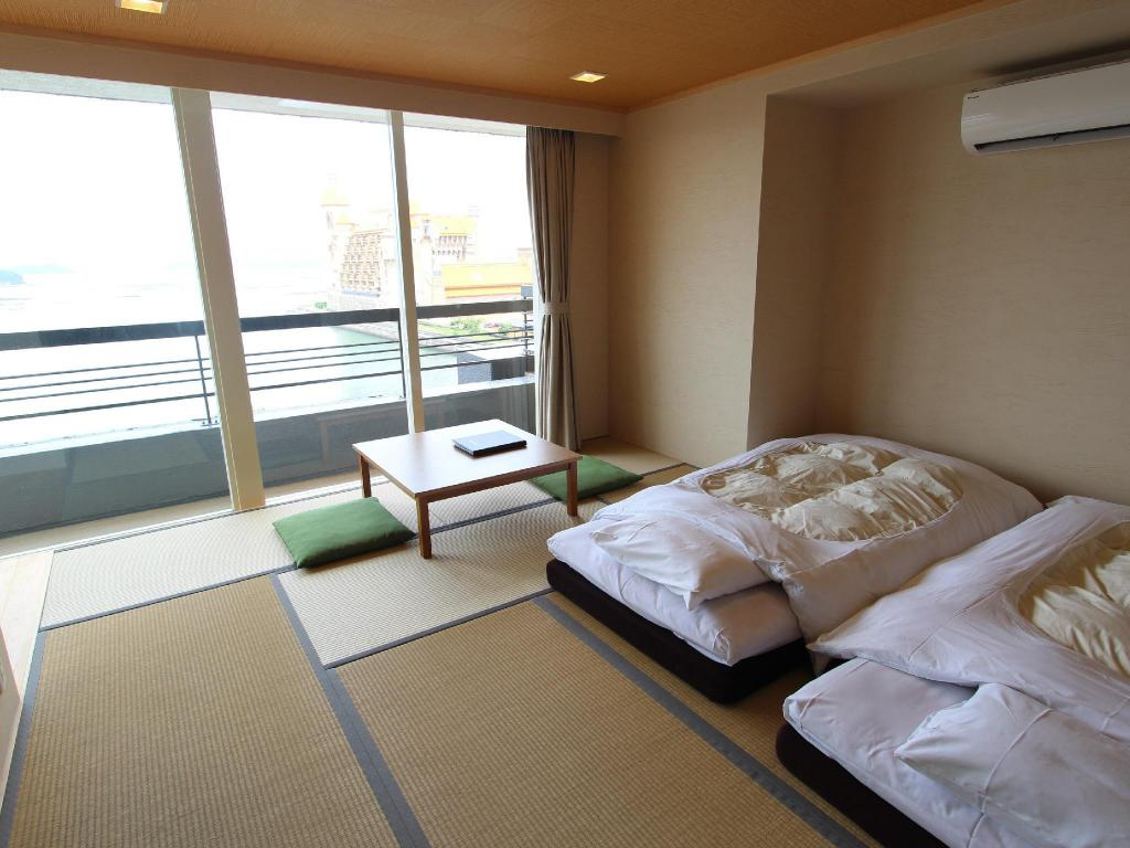Upgraded Japanese-style Room Yukai Resort: Shirahama Gyoen