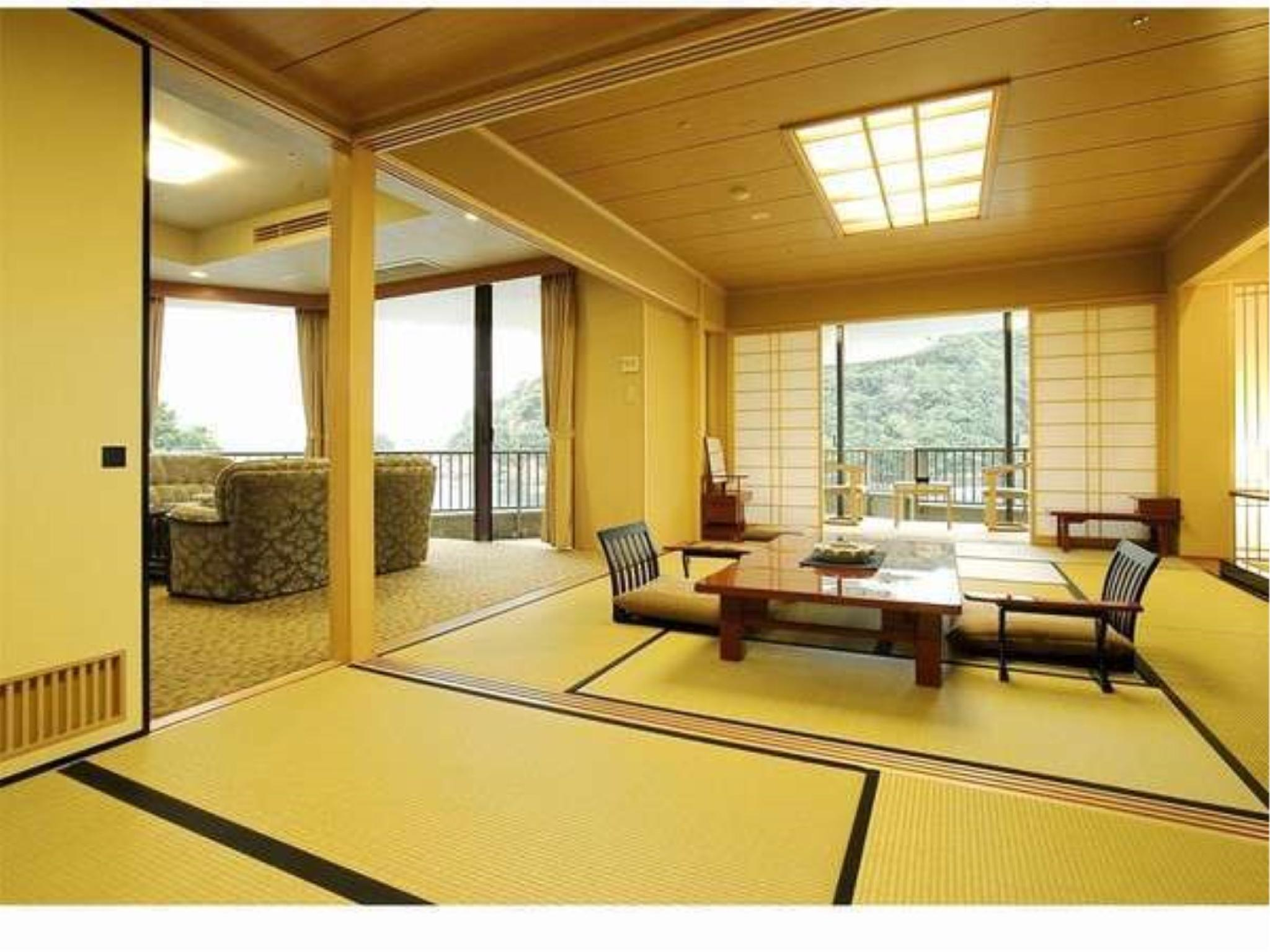 Japanese/Western-style Corner Suite with Terrace (Chomontei Building)