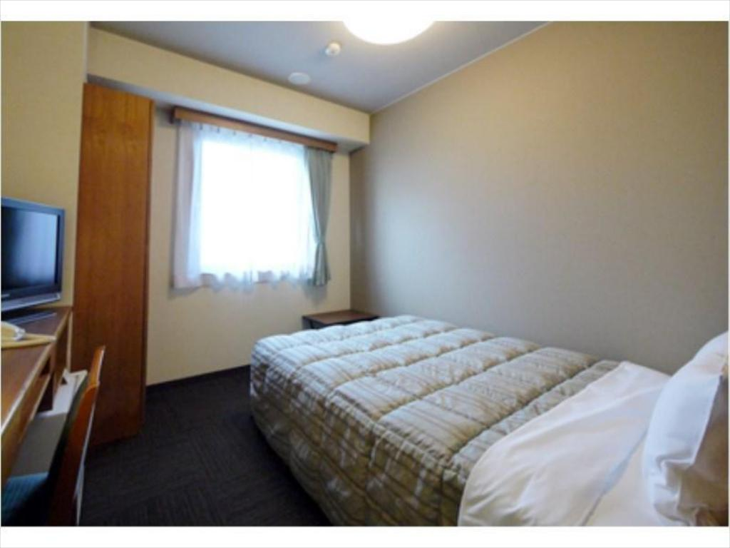 Semi-Double Room - Guestroom Hotel Route Inn Nagaizumi Numazu Inter 1
