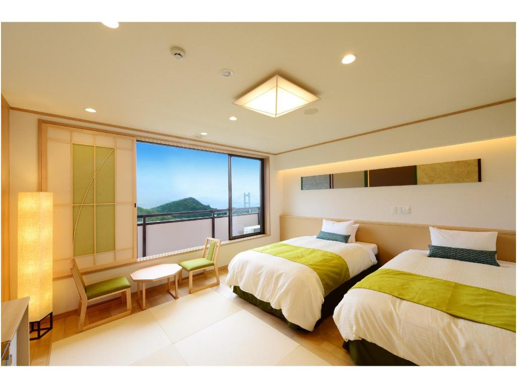 Japanese-style Room with Beds - Guestroom