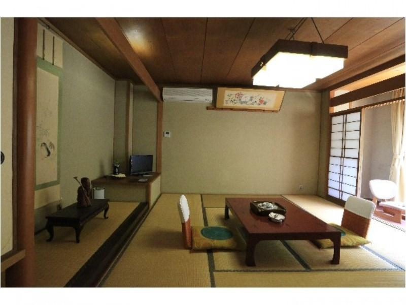 다다미 객실(무스이안/10조) (Japanese-style Regular Room with Hot Spring Bath (River Side))