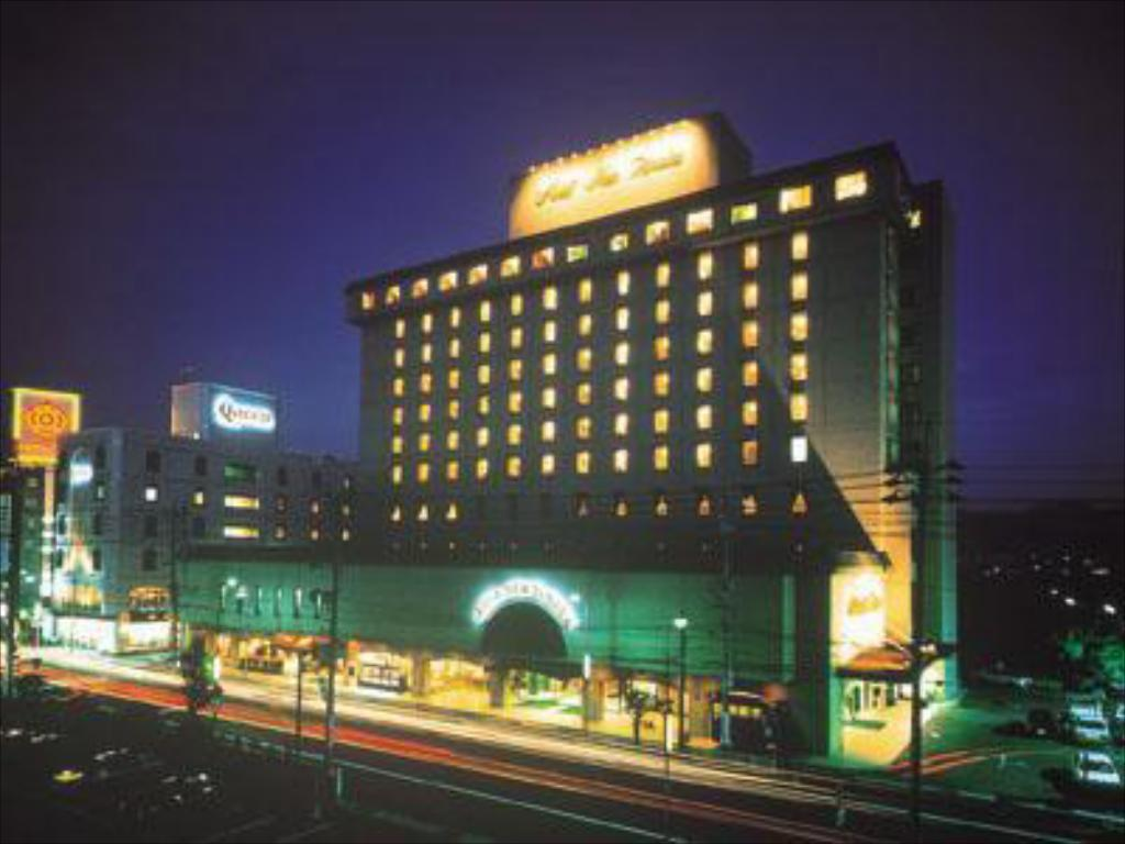 More about Hotel New Tanaka