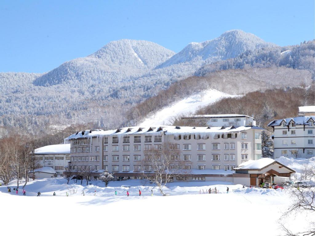 More about Shiga Lake Hotel
