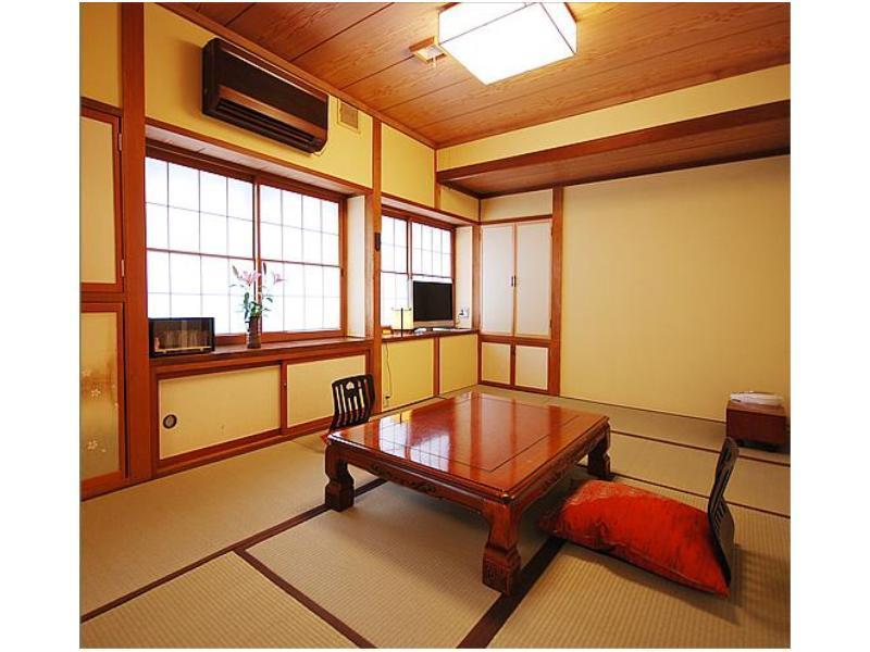 本館和室10畳|10畳 (Japanese Style Room Main Building)