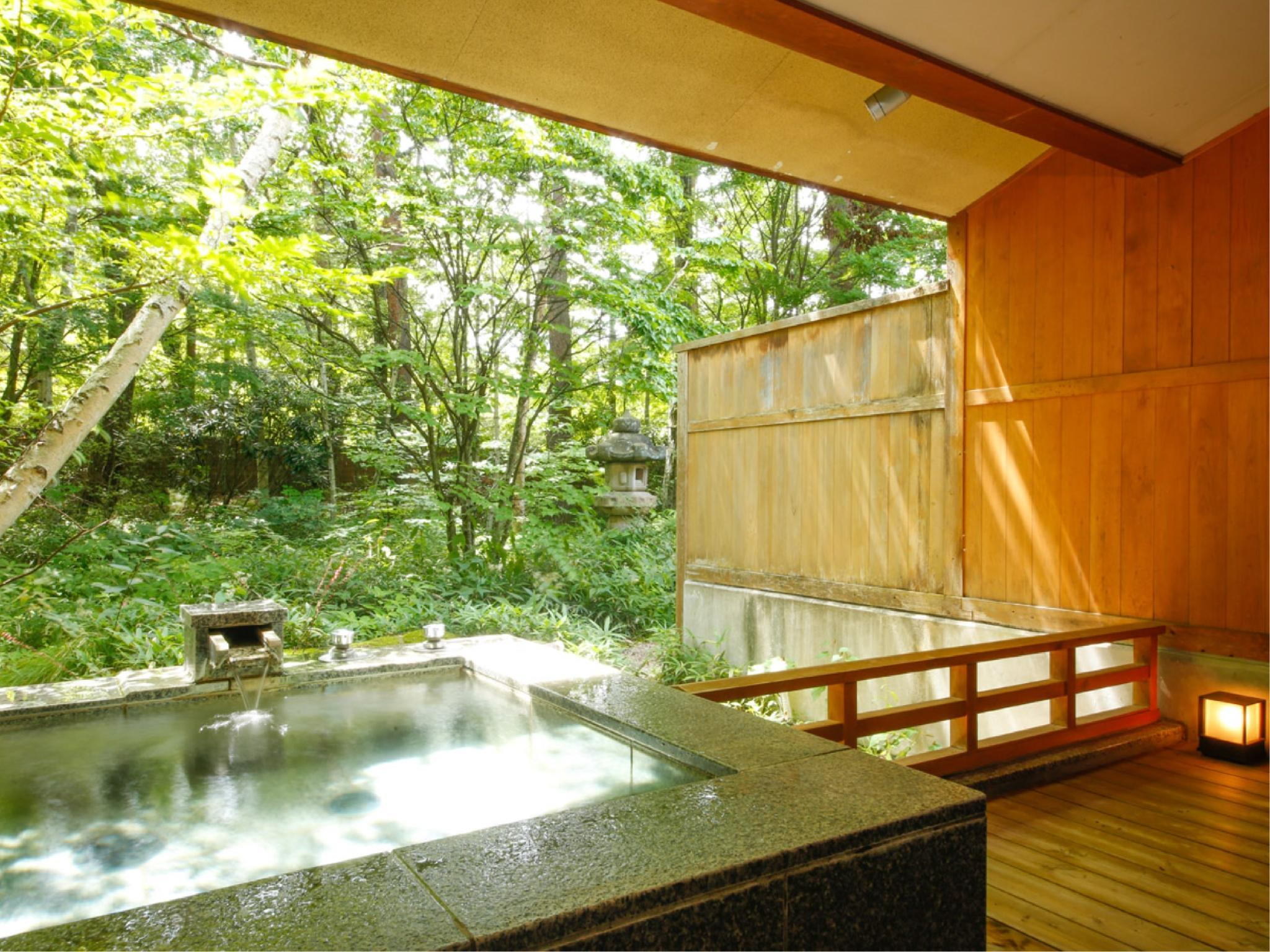 다다미 객실(KISARAGI・YAYOI/노천온천탕/실내툇마루) (Japanese-style Room with Open-air Hot Spring Bath + Hiroen Space (Kisaragi/Yayoi Types))
