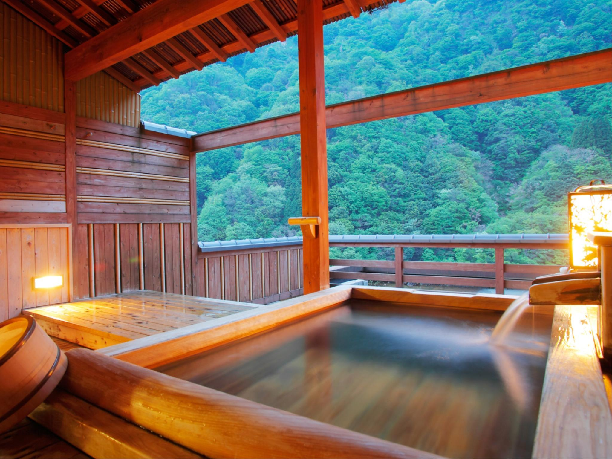 Japanese-style Room with Open-air Bath (Main Building) (Japanese-style Room with Open-air Cypress Bath (Main Building))