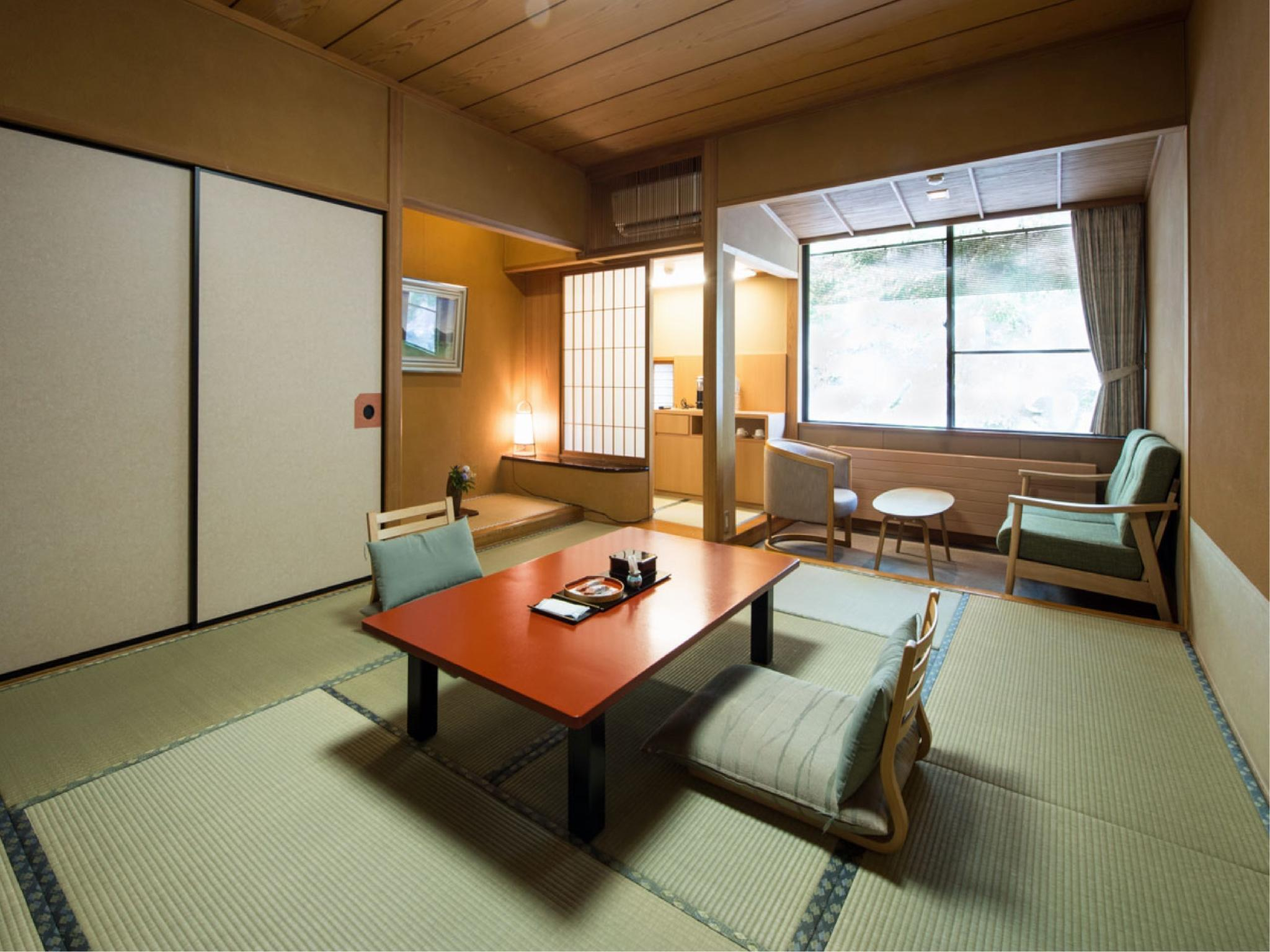 日式客房(西翼) (West Wing Japanese Style Room)