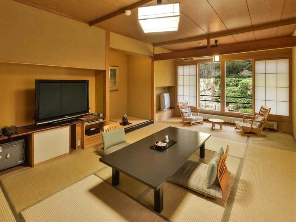 Japanese-style Room (North Wing) *Has toilet, no bath in room - 게스트 룸