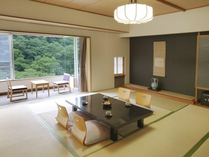 本館 和室12畳|47平米 (Japanese Style Room Main Building)
