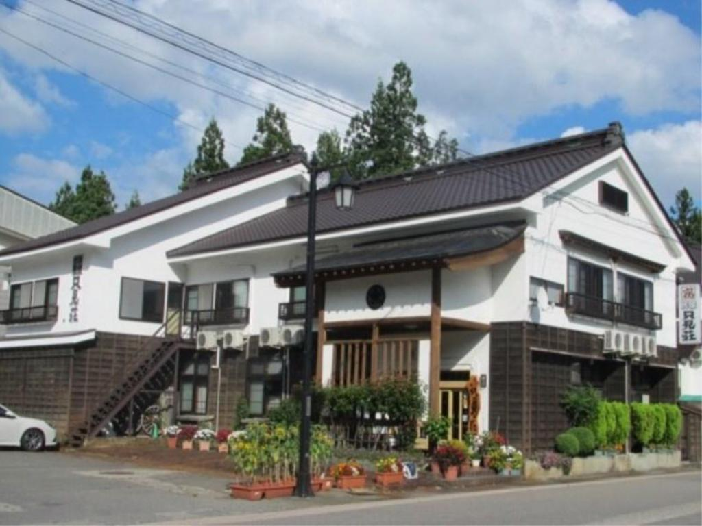 More about Ekimae Ryokan Tadamiso