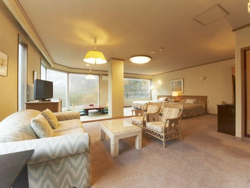 Royal Suite (Kakusen Gorge View)