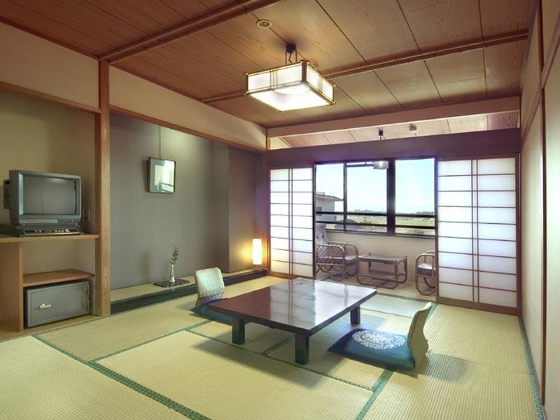 和式房10帖(有浴室/厕所) (Japanese-style Room (10 tatami) *Has bath and toilet )