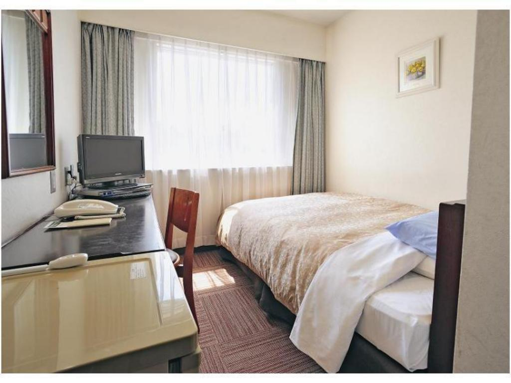 Compact Single Room (Type A) - Guestroom Bandai Silver Hotel