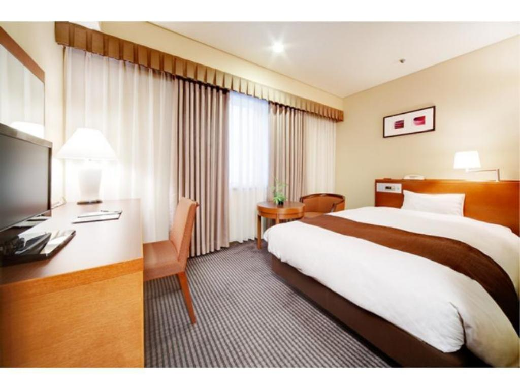 Economy Single Room - Guestroom Meitetsu Grand Hotel