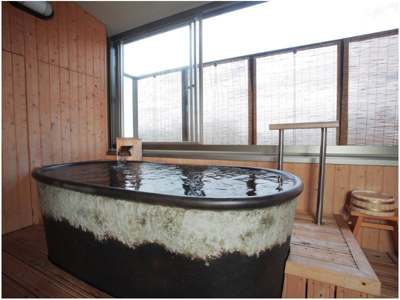 和室 (Japanese-style Room with Open-air Bath (2 Beds, Honkyakuden Wing))