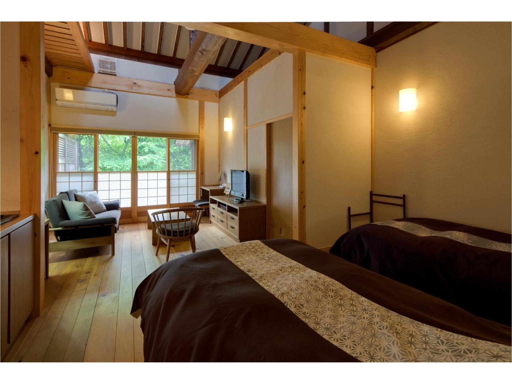 Japanese/Western-style Room with Open-air Bath (Himekomatsu-no-Sho Type, Annex)