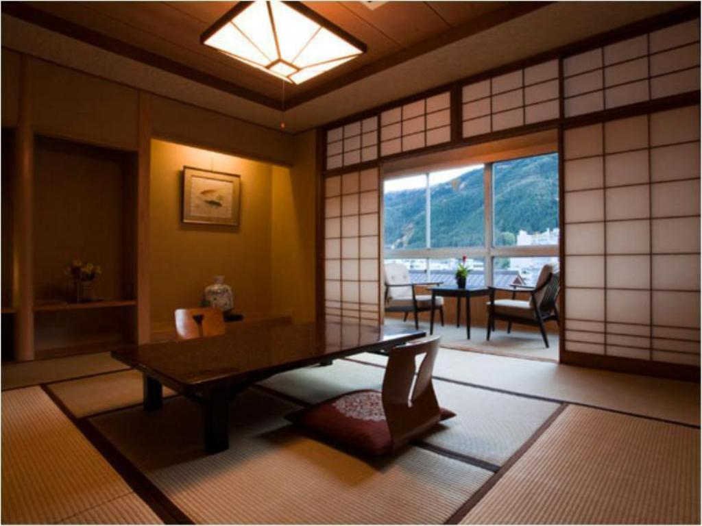Japanese Style room with Shared Bath & Private Toilet - 客房 富岳 (Fugaku)