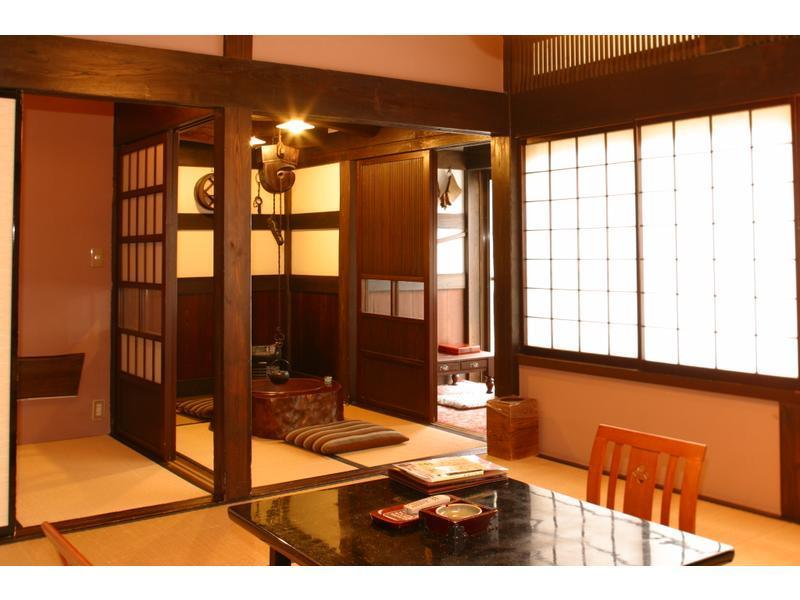 本馆 和式房+火盆 (Japanese-style Room with Hibachi Stove (Main Building))