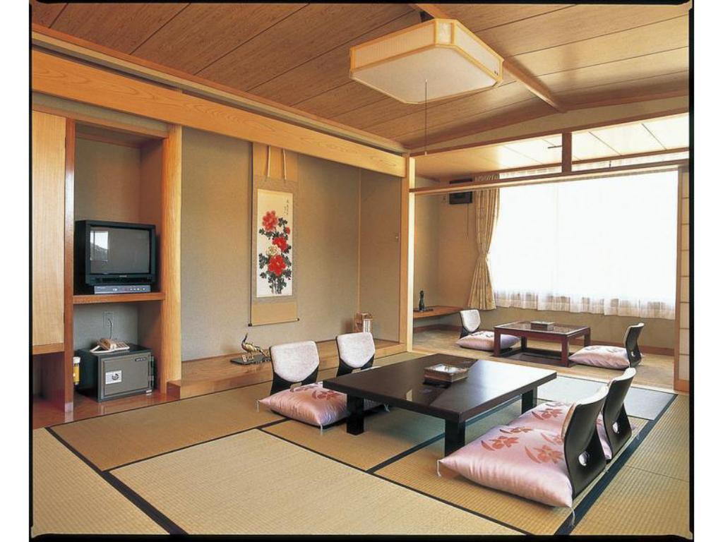 Japanese Style Room Main Building - Guestroom
