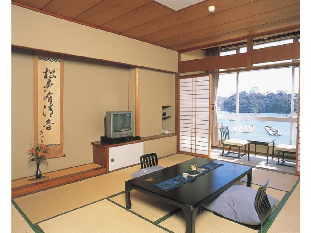 Japanese Style Room - Guestroom Toba Grand Hotel