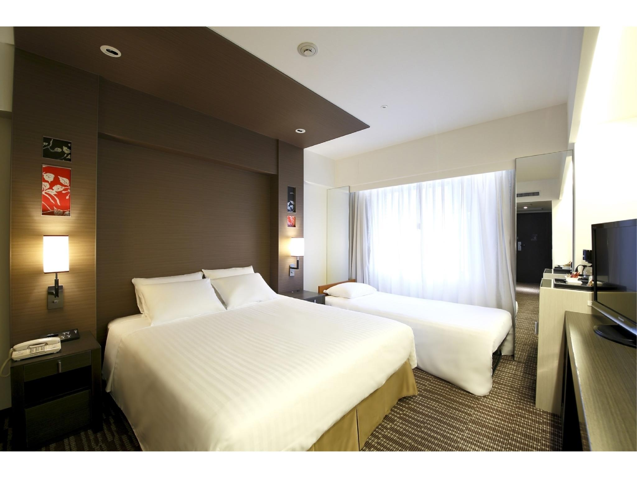더블룸 (간이침대) (Double Room with Extra Bed)