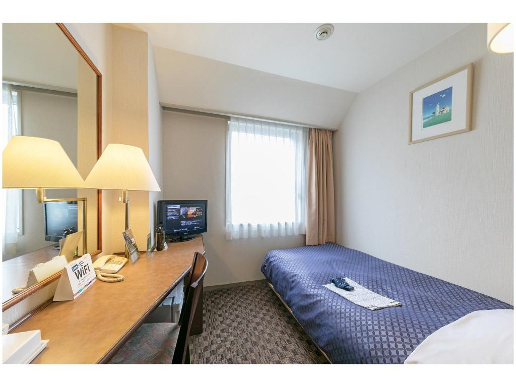 Single Room (Main Building) - Guestroom Ginza Capital Hotel
