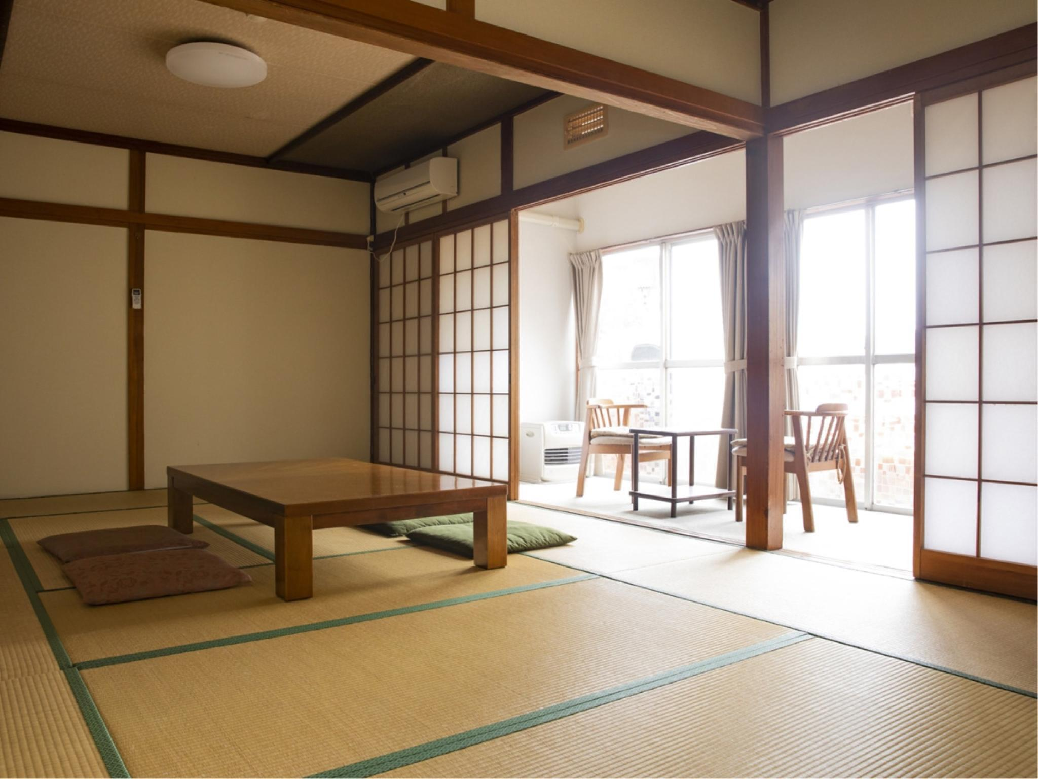 【本館・1階】テラス付和室T付(6名定員)|15.6平米 (Japanese-style Room with Terrace (Main Building) *Has toilet)