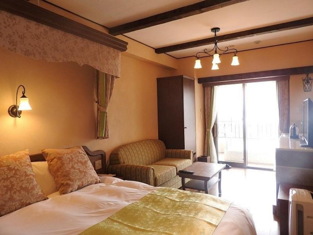 La Vista Double Room with Mt. Fuji View Bath - Guestroom