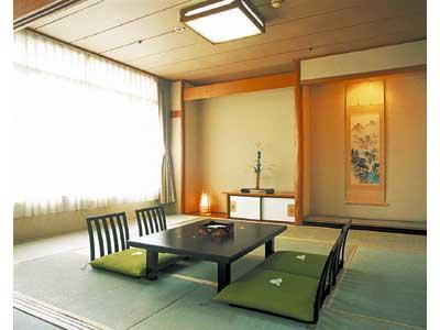和室|10畳+踏込1畳 (Japanese-style Room (Hananatsutei Wing))