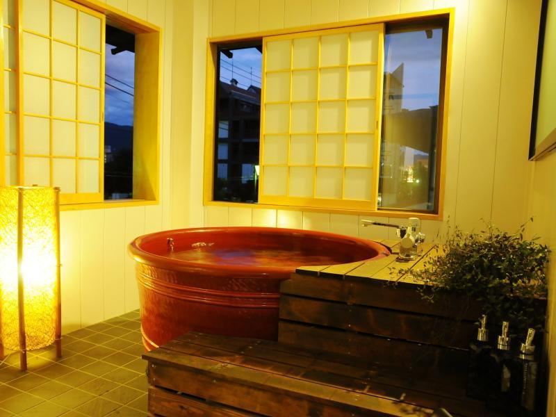 Japanese/Western-style Room with Semi Open-air Bath (Misaka Type)
