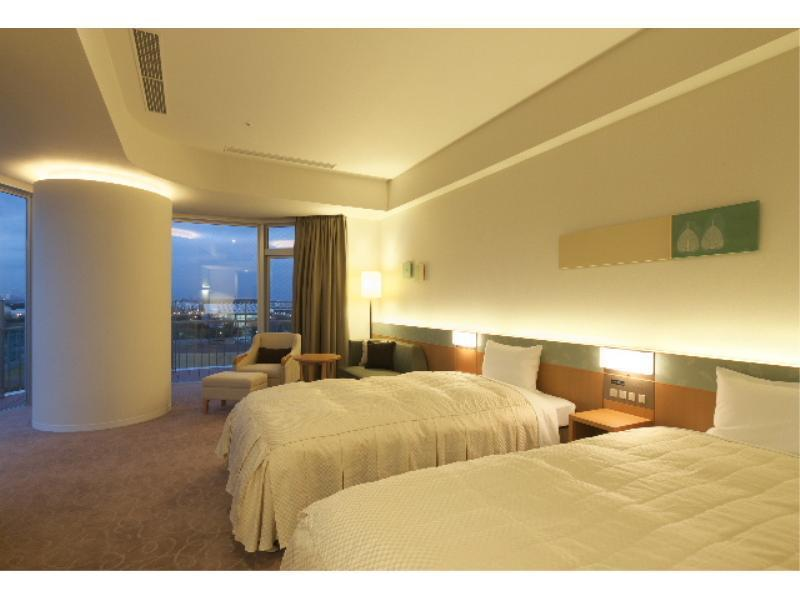 新馆 阳台包角双人双床房 (Balcony Corner Twin Room (New Building))