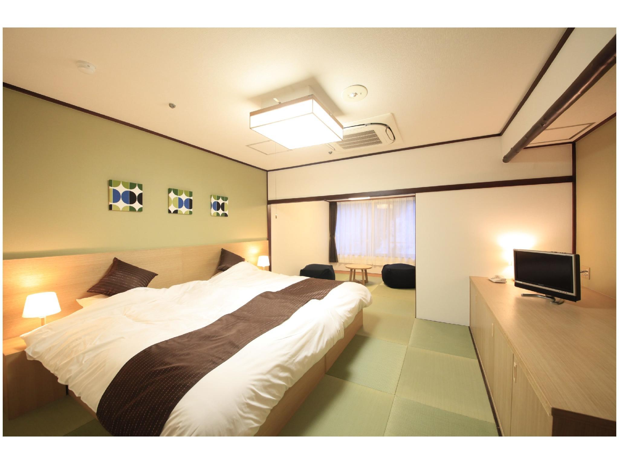 Japanese-style Room with Low Beds(West Wing/Non-Smoking/Wifi)