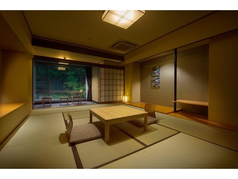 다다미 객실(반노천탕/강전망/서관/금연) (Japanese-style Room with Semi Open-air Hot Spring Bath(River Side/West Wing/Non-smoking))