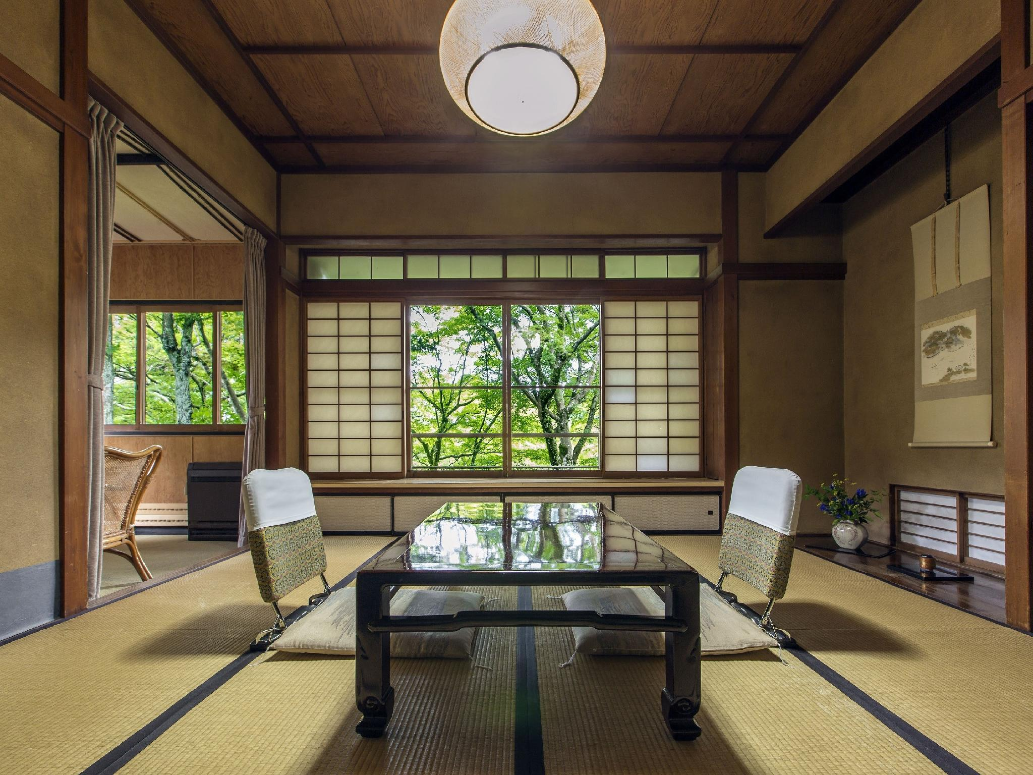 Japanese-style Room (Yuri Type, Main Building)