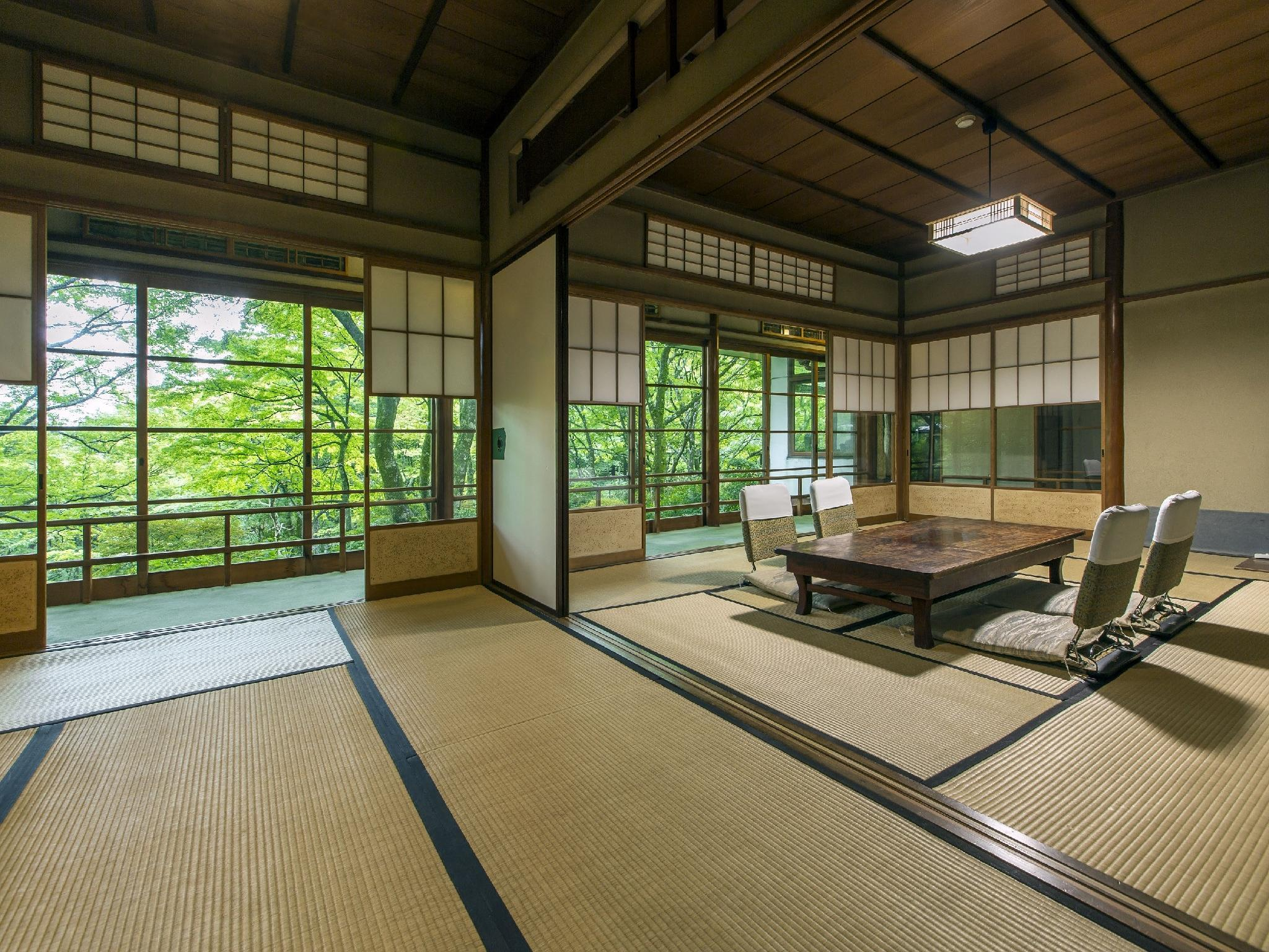 Detached Deluxe Japanese/Western-style Room with Indoor Hot Spring Bath (Kinkatei/Hashuan Type)